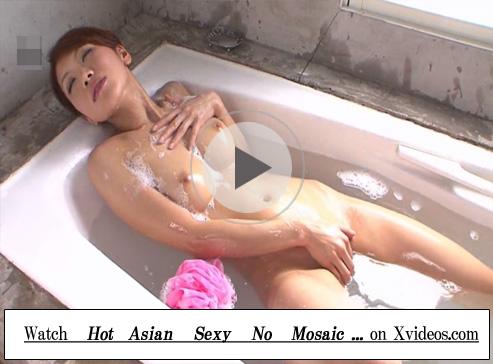 【無修正レズ動画】「瀬咲るな」が豪華なお風呂でおまんこに指をねっとりと出し入れしたオナニーで気持ち良くイッちゃう♡