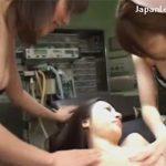 【レイプレズ動画】看護婦にイジメられる女医…おしっこを飲まされたりおまんこに尿を注がれたりと精神的にも犯される♡