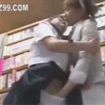 【セックスレズ動画】彼氏と書店に来ていたノンケJKを痴漢し家に連れ込み双頭ディルドでレズセックスするOL♡