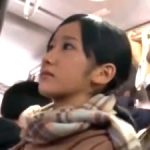 【セックスレズ動画】バス内でウブJK美少女をレズる巨乳痴女!お持ち帰りされレズベロチュー性交